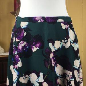NWT Bold Andrea Floral Print Midi Pocket Skirt